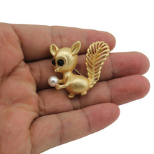 2017 New Fashion Jewelry Gold Tone Cute Squirrel Brooch For Men/Women Top Quality Wholesale Lot Drop Shipping TAB(China)