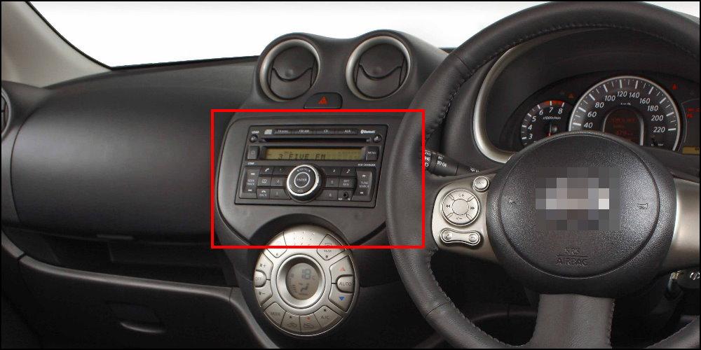Nissan-March-Interior-Dashboard