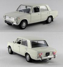 High simulation Russian classic retro car model,LADA VAZ 2101 ,1:43 alloy car toys,metal castings,collection model,free shipping(China)