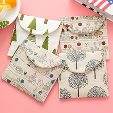 1Pcs New Cartoon Linen Storage Bag Sanitary Napkins Package Retro Purse Storage Bag Christmas Tree House F0508(China)
