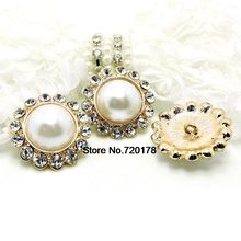 26mm GORGEOUS White Pearl Gold and Silver Metal Pearl Buttons withe Czech Glass Rhinestones Button 26mm 50pcs RMM123A(China)