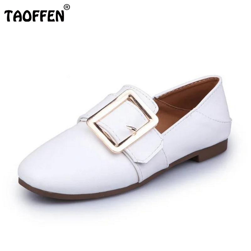 New Style Spring Female Casual Shoes Women Shoes Slip On Flat Sexy Metal Decoration Ladies Fashion Black White Shoes Size 35-40<br><br>Aliexpress