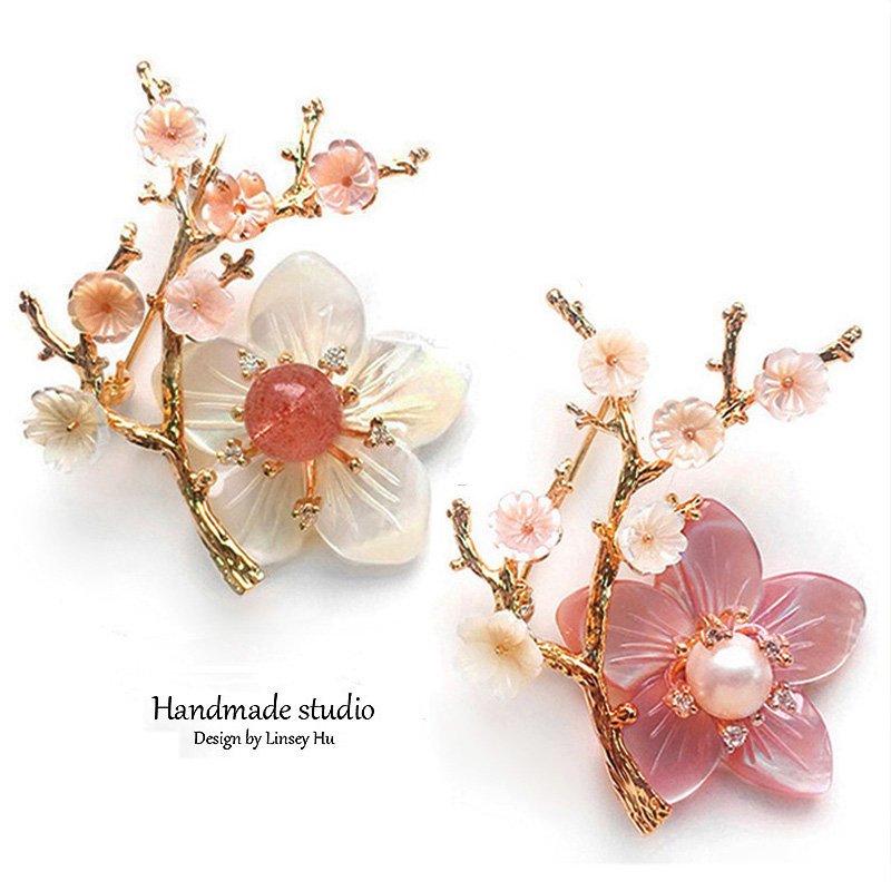 La MaxZa Handmade Flower Brooches for Women Natural Freshwater Pearls Branch Pink Crystal Christmas Brooch Jewelry Gift XZ3002