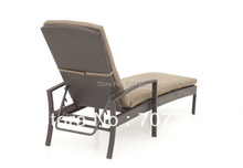 Style antique french chaise lounge