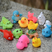 13Pcs/set Cute Mixed Animals Swimming Water Toys Colorful Soft Rubber Float Squeeze Sound Squeaky Bathing Toy For Baby bath toys