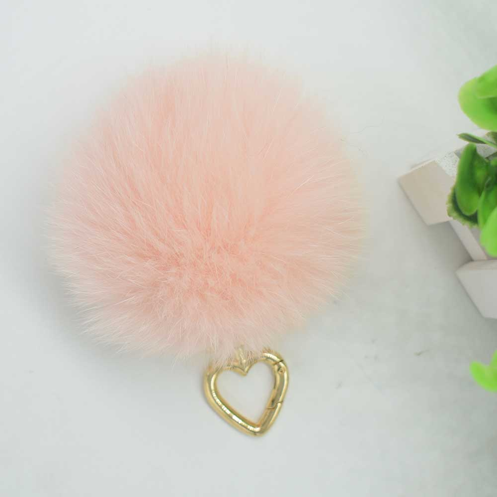 fox fur pompoms ali 1 (2)