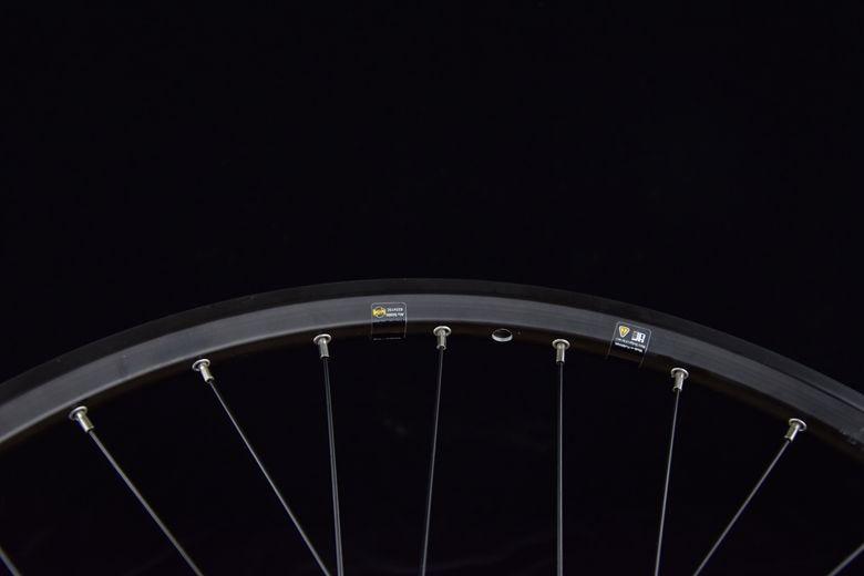 disc brake wheelset-center lock 11