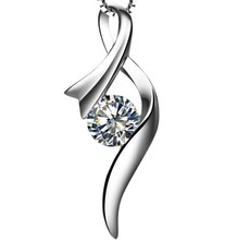 Royal Design Fancy Jewelry Au585 Pendant Necklace for Bridal Jewelry Genuine 0.5Ct Moissanite Pendant for Her with chain Gift