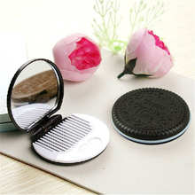 1pcs Cute Chocolate Cookie Shaped Design Makeup Mirror with 1 Comb Jun30 MG