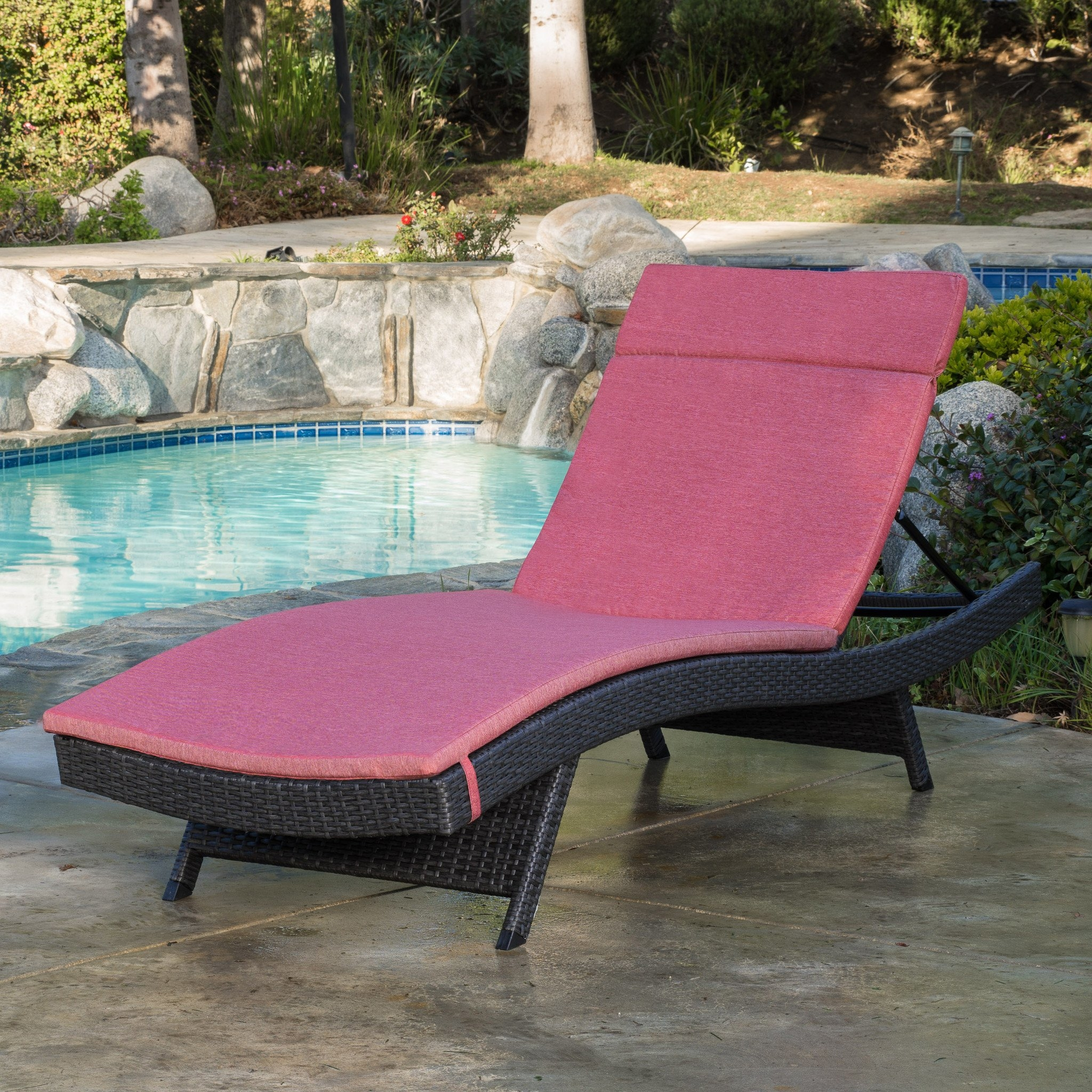 Nassau Outdoor Grey Wicker Adjustable Chaise Lounge with Red Cushion