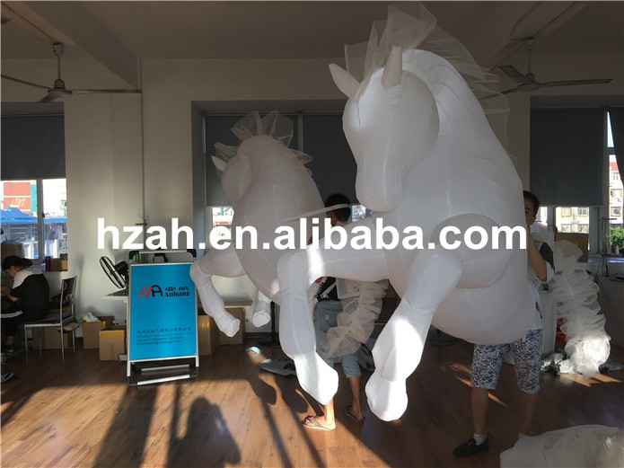 inflatable horse (14)