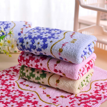 Eco-friendly 33 * 73cm Cotton Printed Absorbent Towel Dry Hand Face Towels Three colors