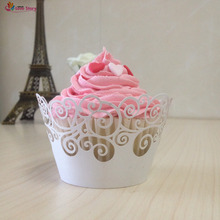 2017 New 50Pcs Cupcake Wrappers Laser Cutting Filigree Vine Party Decoration Wedding Favors And Gifts Wedding Supplies