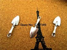 45pcs Trowel Shovel Charms Gardening Tools Pendants Antiqued Silver Double Sided 3D 9 x 22 mm(China)