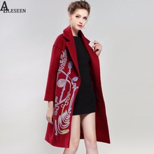 2017 Warm Coat Winter Fashion New Collection Women Overcoat Long Sleeve Green / Red / Green Vintage Long line Embroidery Coat(China)