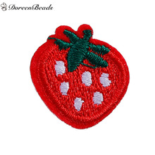 DoreenBeads 10 PCs Polyester Patches Appliques DIY Scrapbooking Craft Strawberries Fruit Red Appareal Sewing Decoration