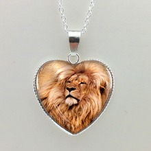 2015 New Heart Shaped Necklace pendant Lion Necklace Lion Pendant Lion Jewelry Glass Dome Pendant For Jewelry HZ3