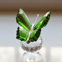 1 Piece Colored Crystal Butterfly Crafts Paperweight Animal Figurines Miniatures For Wedding Birthday Home Decoration & Gifts