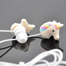 5pcs/lot Mini Wired Cute Girl In Ear Earphone With Microphone Lovely Special Unicorns Rainbow Horse Cartoon Earphone For Phone