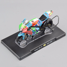 1/18 Scale Diecast Alloy Motorcycle Model Toys 2007 Yamaha YZR-M1 Color   Motorbike Model For Children G
