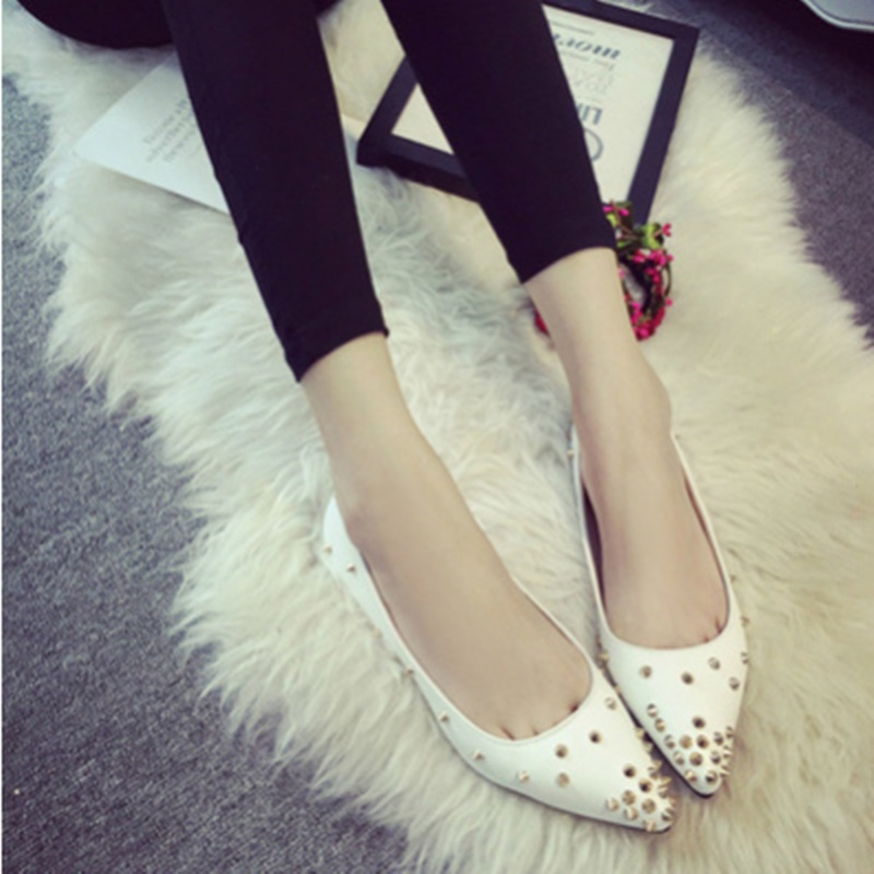 Adults Best selling Zapatos Mujer 2017 New Plus size 40 Rivets Glitter Pointy Toe Women Loafer Match Shoes and Bag Italy On Flat<br><br>Aliexpress