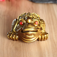 Luck Gift Feng Shui Gold Bronze Small Three Legged Money for Frog Fortune Toad Chinese Coin Metal Craft Gifts Home Decor(China)