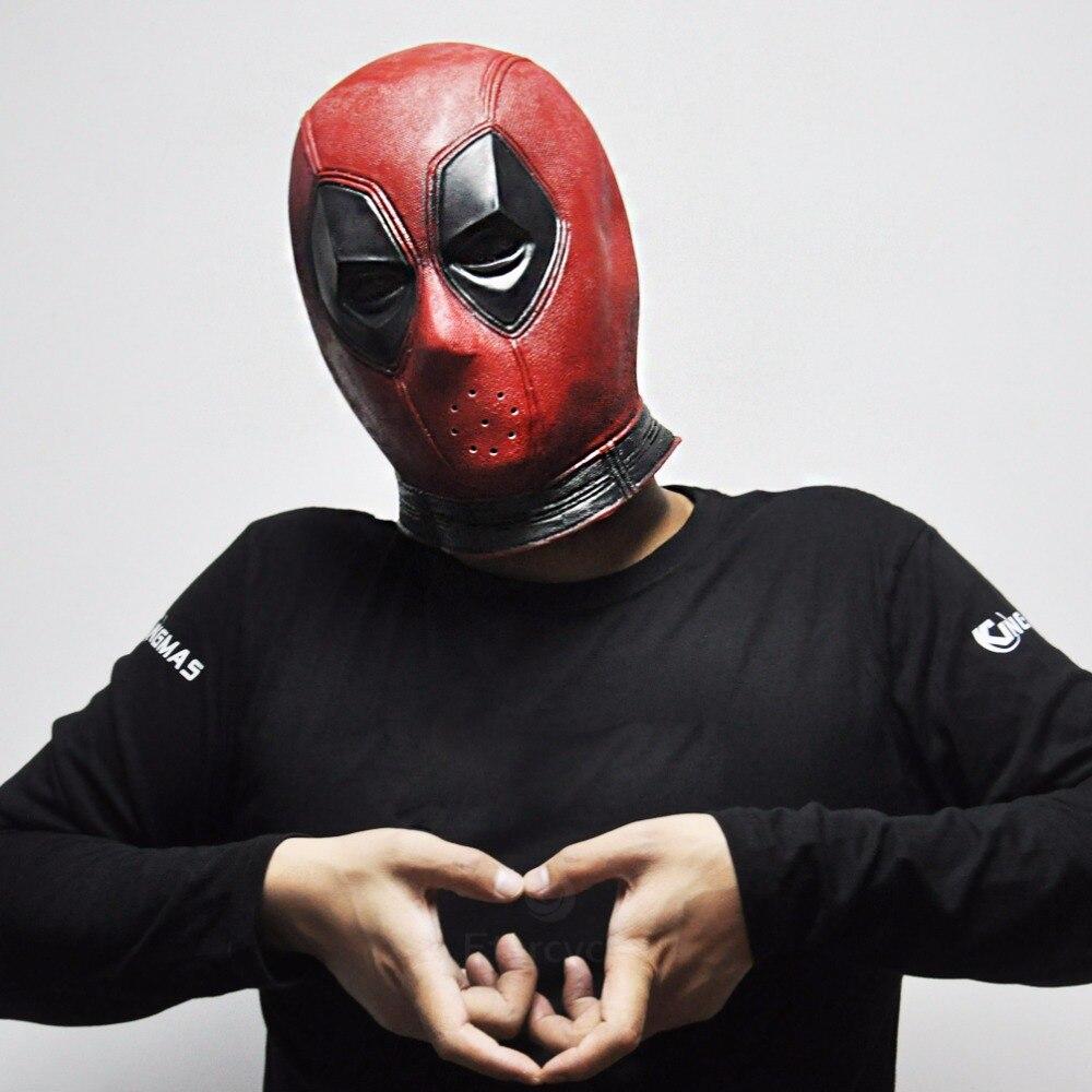 Черная маска от прыщей из активированного угля