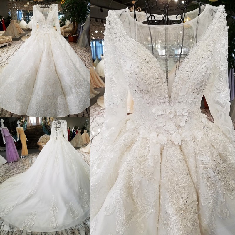 3377 Bateau Wedding Dress Made In China Long Train Lace Flower Motif Silver Thread Embroidery Bridal Dress