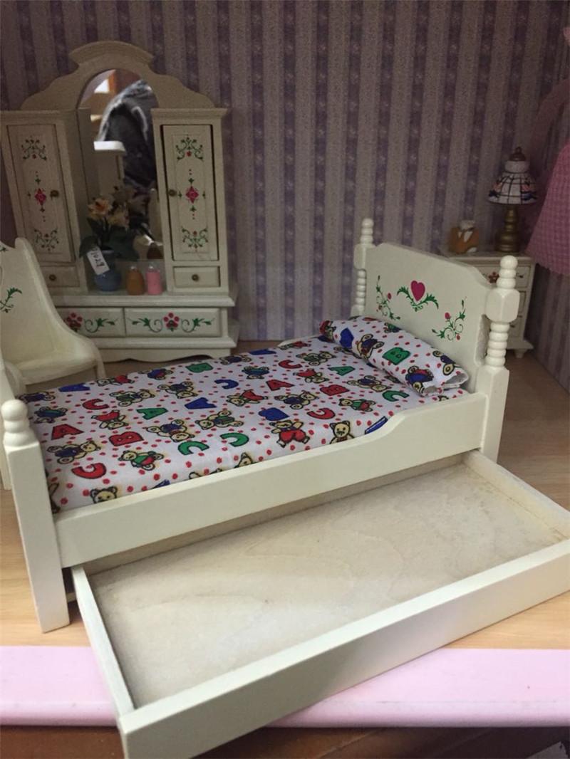 furniture toys (1)