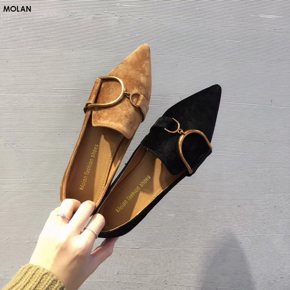 MOLAN Brand 2018 Fashion Superstar Gold Metal Buckle Chain Velvet Flats Lady Shoes Point Toe Soft Bottom Slip On Woman Loafers <br>