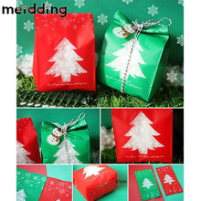 MEIDDING 50pcs Red/Green Christmas Tree Candy Gift Bag Kids Gift Christmas Favors Theme Party Decor Present Ornaments Supplies