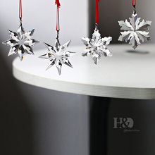 Top Quality 4pcs Christmas Snowflake Hanging Glass Pendants Crystal Suncatcher Prism Chandelier Parts Ornament Party Decor(China)