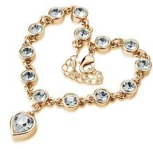 Austrian Crystal jewelry Fashion female crystal bracelet The new peach heart shape bracelet Sell like hot cakes jewelry bracelet