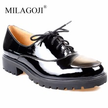 MILAGOJI 2018 Handmade Genuine Leather Ladies Shoes Full season Soft Light Casual Women Flats Metal Chian Decorated Black Shoes(China)