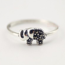 925 Sterling Silver Oxidized Retro Marcasite Little Tiny Elephant Pinkie Ring A3057