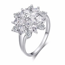 New  Luxury Sliver Color CZ Shining Crystal Flower Shape Ring Wedding Party Jewelry  Rings For Women Free Shipping Warehouse