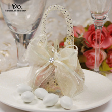 Free Shipping 10pcs Cute Wedding Favor Pouch Wedding Candy Box Lembrancinhas Casamento Wedding Favors And Gifts Almond Wedding(China)