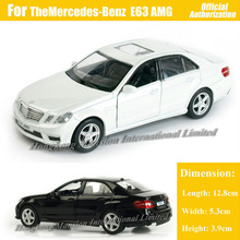 1:36 Scale Diecast Alloy Metal Sports Car Model For TheMercedes-Benz E63 AMG Collection Model Pull Back Toys Car