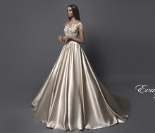 Refined Elegant Wedding Dress Patterned Lace Corset Long Sleeves and Gorgeous Satin Skirt Bridal Dress vestido novia