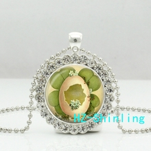 New Cute Cracked Egg Necklace Cracked Egg Crystal Pendant Four Leaf Clover Jewelry Crystal Necklace(China)