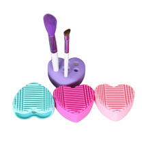 Hot Sell Heart Shape Silicone Egg Cleaning Brush pad Glove Makeup Washing Brush Drying Racks Scrubber Tool Cleaner drop ship