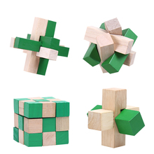 4pc/lot Intelligence KongMing Locks Old China Ancestral Locks Traditional Wooden Brain Teaser Puzzle Educational Toys Magic Cube