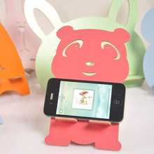 Manufacturers seek show Seoul M015 mobile phone DIY lazy bear small lovely wooden universal mobile phone holder(China)
