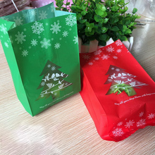 50pcs Red/Green Christmas Tree Candy Gift Bag Kids Gift Christmas Favors Theme Party Decor Present Ornaments Supplies