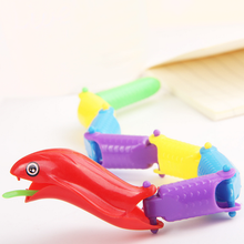 1* Colorful New Creative Plastic Animal Snake Toy Children's Novelty Gag Toys Practical Jokes Popular Funny Play Game Gifts(China)