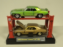 M2 Machines AUTO LIFT 1:64 1969 Chevrolet Camaro SS 350 Diecast car model 2 PACK