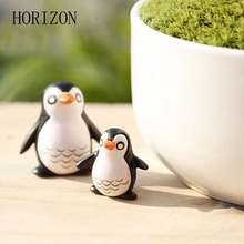 5PCS Cute  Penguin Fairy Garden Gnome Animals  Moss Terrarium Home Desktop Decor Crafts  Bonsai Doll Home Miniatures DIY 2016