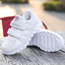 2017 New Kids White Sneakers Summer Boys Children Walking Running Shoe Breathable Kids Shoes For Girl Sneakers Cheap Trainers Kd(China)