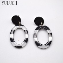 YULUCH Resin Material earring 1 pair Metal ear hook dangler Fashionable design eardrop(China)