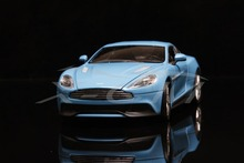 Diecast Car Model Welly FX Models Aston Martin Vanquish 1:24 (Blue) + SMALL GIFT!!!!!